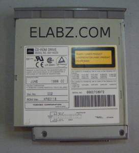 Toshiba XM-1402B laptop CD-ROM drive to be opened